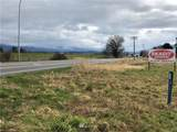 17180 Memorial Highway - Photo 2