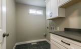 305 62nd Ave - Photo 20