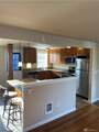 11403 Woodley Ave - Photo 2