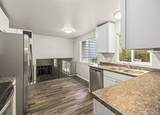 4237 Carnaby St - Photo 3