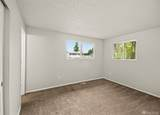 4237 Carnaby St - Photo 20