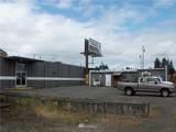 1062 State Avenue - Photo 3