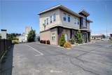 1202 Commercial Ave - Photo 2