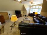 918 32nd Street Ct - Photo 17