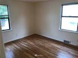 4101 Wallingford Avenue - Photo 4