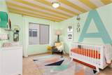 305 Sergeant Street - Photo 12
