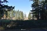 14824 Johnson Creek Lane - Photo 21