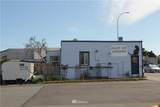 1717 Commercial Avenue - Photo 2