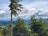 572 Viewcrest Drive - Photo 2