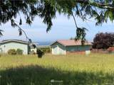 190 Hemlock Drive - Photo 14