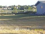 1527 Lakeside Drive - Photo 2