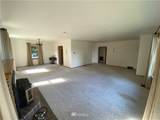 1809 Shorewood Drive - Photo 9
