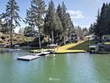 924 Lakeside Drive - Photo 2