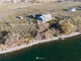 4652 Shorecrest Drive - Photo 2