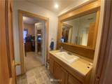 1106 Burton Street - Photo 7