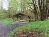 9724 Gate Road - Photo 18