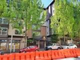 323 Queen Anne Avenue - Photo 5