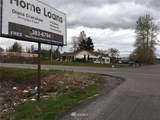 22112 Meridian Avenue - Photo 5