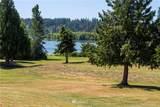 23409 Lakeview Drive - Photo 2