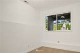 16433 39th Place - Photo 30