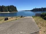 60 Sea Breeze Drive - Photo 32