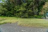 5821 Sunrise Beach Road - Photo 29