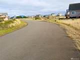 467 Sea View St - Photo 3