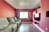7612 Glenwood Ave - Photo 11