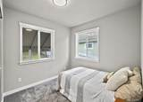 10554 Interlake Ave - Photo 10