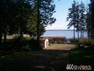320 Tala Shore Dr, Port Ludlow, WA 98365 (#1006342) :: Ben Kinney Real Estate Team