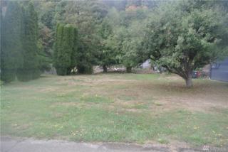 1815 Riverside Ave, Hoquiam, WA 98550 (#1022973) :: Ben Kinney Real Estate Team