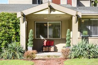 580 SE Bush St, Issaquah, WA 98027 (#1082226) :: Ben Kinney Real Estate Team