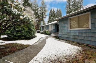 16511 79th Place NE, Kenmore, WA 98028 (#1083718) :: Ben Kinney Real Estate Team