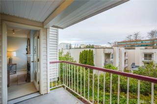 130 NE 95th Ave NE A-103, Seattle, WA 98115 (#1084664) :: Ben Kinney Real Estate Team