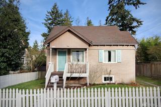9424 12th Ave NE, Seattle, WA 98115 (#1086176) :: Ben Kinney Real Estate Team