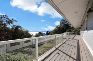 30157 131st Ave SW, Vashon, WA 98070 (#1087439) :: Ben Kinney Real Estate Team