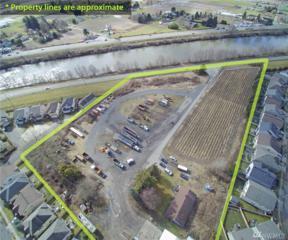 6407 N Levee Rd, Fife, WA 98424 (#1087549) :: Ben Kinney Real Estate Team
