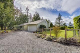 6585 NE Honeysuckle Lane, Bainbridge Island, WA 98110 (#1090115) :: Ben Kinney Real Estate Team