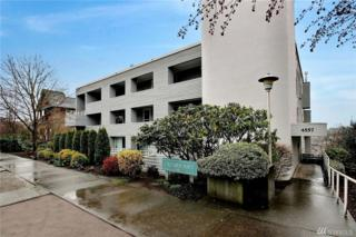 4557 45th Ave SW #102, Seattle, WA 98116 (#1090396) :: Ben Kinney Real Estate Team