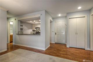 613 4th Ave W #101, Seattle, WA 98119 (#1090590) :: Ben Kinney Real Estate Team