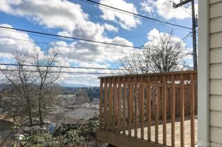 4211 34th Ave S, Seattle, WA 98118 (#1091897) :: Ben Kinney Real Estate Team