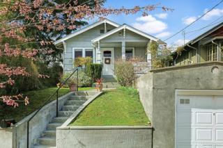 5047 49th Ave S, Seattle, WA 98118 (#1092269) :: Ben Kinney Real Estate Team
