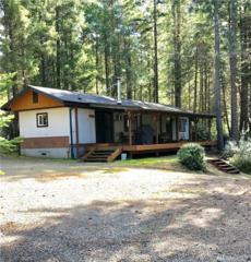 70 Ne Mahogany Ct, Belfair, WA 98528 (#1092444) :: Ben Kinney Real Estate Team