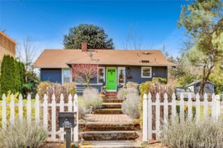 2425 105th Ave NE, Bellevue, WA 98004 (#1092958) :: Ben Kinney Real Estate Team