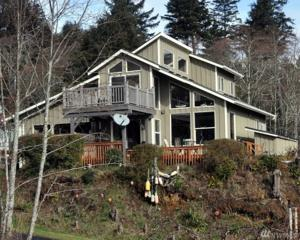 2112 SW Klahanee Dr, Ilwaco, WA 98624 (#1093305) :: Ben Kinney Real Estate Team