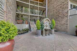 130 105th Ave SE B-106, Bellevue, WA 98004 (#1093346) :: Ben Kinney Real Estate Team