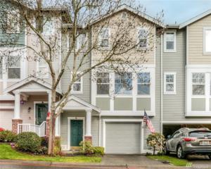 5032 Davis Ave S 13-C, Renton, WA 98055 (#1093665) :: Ben Kinney Real Estate Team
