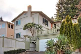 5447 31st Ave SW, Seattle, WA 98126 (#1094664) :: Ben Kinney Real Estate Team