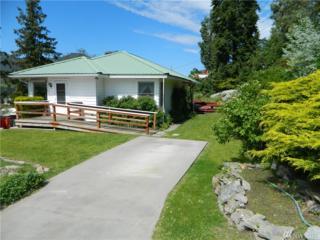 121 State St S, Tonasket, WA 98855 (#1125234) :: Keller Williams Realty Greater Seattle