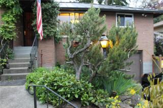11545 24th Ave NE, Seattle, WA 98125 (#1126098) :: Alchemy Real Estate